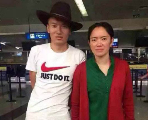 Phakma and Jigme at the airport in Chengdu, Sichuan, after their release from prison, May 29, 2015. Photo courtesy of an RFA listener